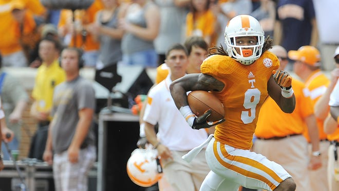 Tennessee wide receiver Von Pearson (9) breaks free as the University of Tennessee plays Arkansas State at Neyland Stadium on Sept. 6, 2014.