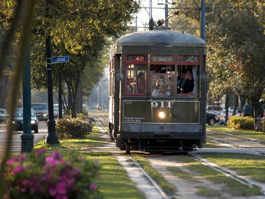 A New Orleans streetcar.