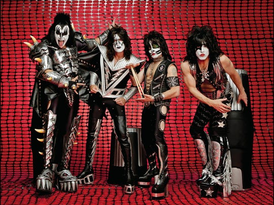 Kiss Tour 2020.Kiss Bringing End Of The Road Tour To El Paso In 2020