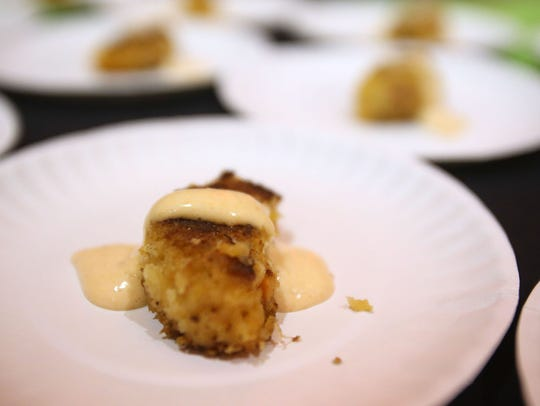 Pacific Red Crab Cakes made by Illahe Hills Country