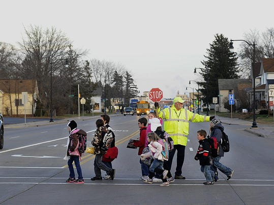 WRTBrd_11-15-2012_Tribune_1_A001--2012-11-14-IMG_WRT_1115_Pedestrian._1_1_57