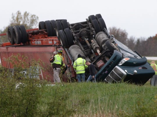 A semi rollover on I-43 near highway 23 will cause I-43 southbound to be closed for several hours around rush-hour on Tuesday. Traffic is being detoured.