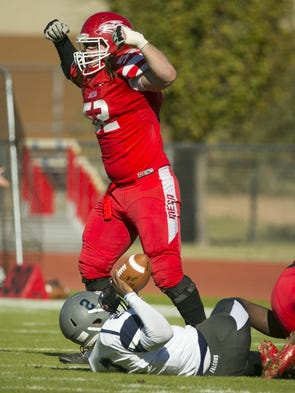 Mesa Community College defensive lineman Aaron Blackwell