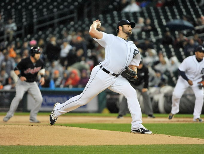 Detroit Tigers pitcher Michael Fulmer works in the