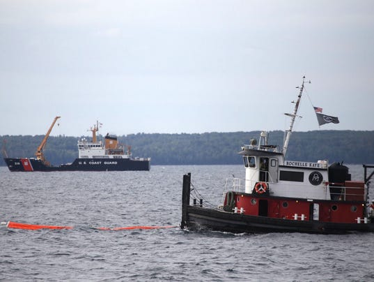 Oil Spill High Waves A Great Lakes Disaster Scenario