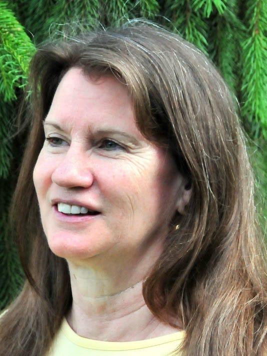 Joyce Hollyday 1