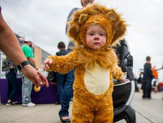 We're not lyin', Ryland Johnson, 1, made a great lion