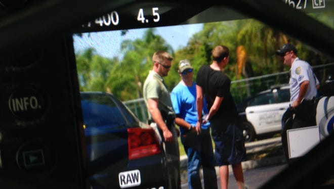 Cape Coral traffic stop leads to chase, arrests