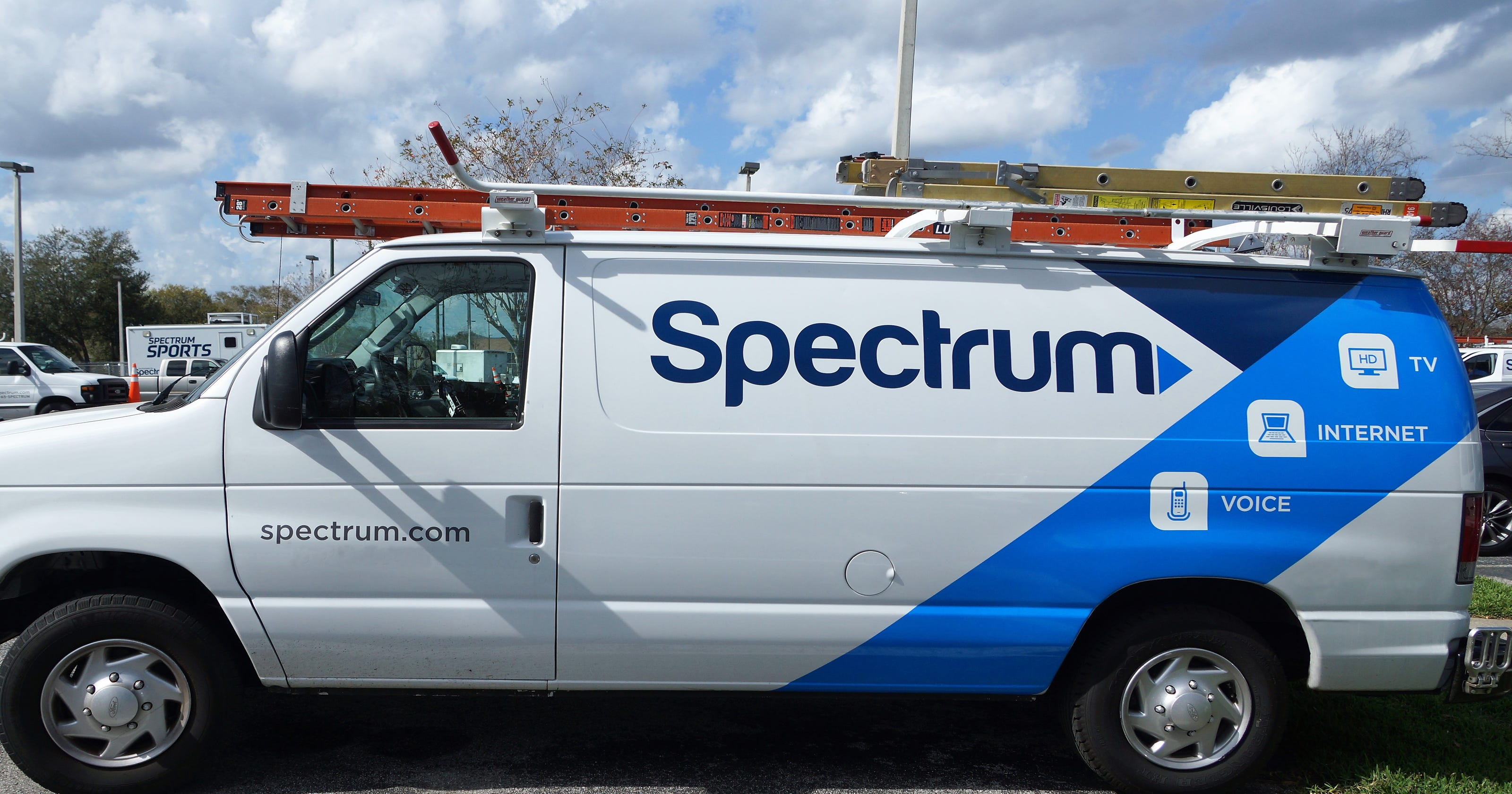 Spectrum launches Internet TV package aimed at cord-cutters