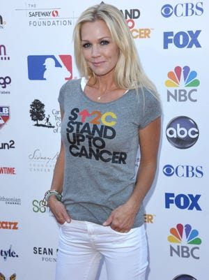 """Jennie Garth, seen here attending the 2012 """"Stand Up to Cancer"""" event at the Shrine Auditorium, was in Palm Springs this past weekend."""