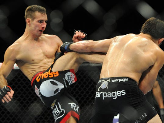 Rory MacDonald-Jake Ellenberger
