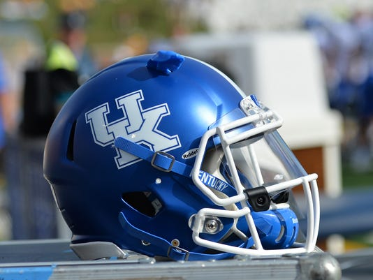 NCAA Football: Kentucky at Missouri