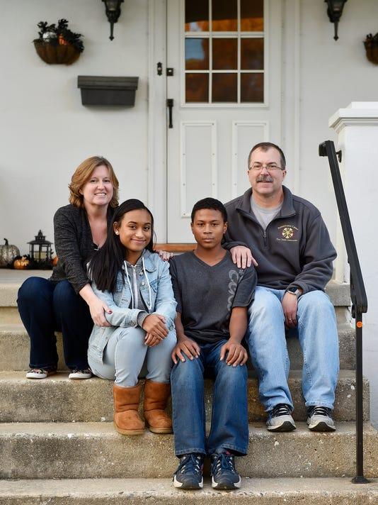 YDR-CD-111116-thanksgiving-mentors