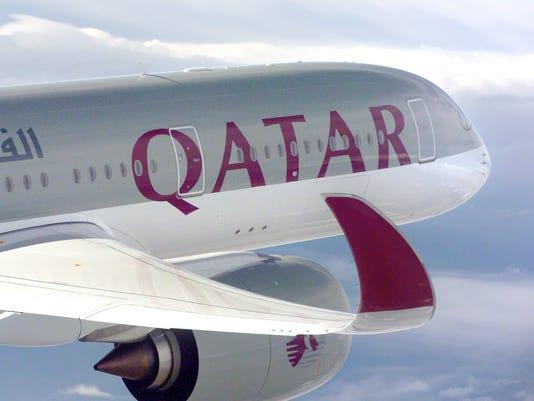 635548307339210611-A350-XWB-Qatar-airways-air-to-air
