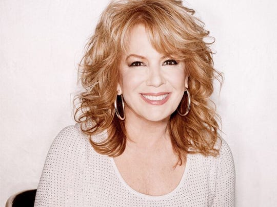 Vikki Carr will perform in a special benefit concert for Walmart shooting victims Aug. 25.