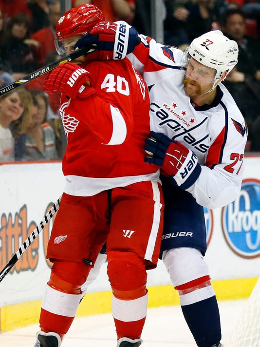 Capitals extend Red Wings  home slide to seven 13837355d331