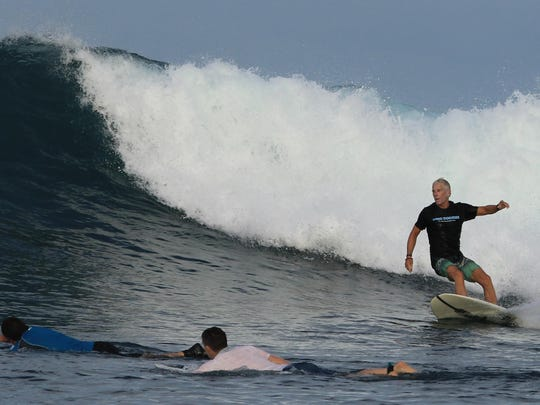 Duane De Freese surfs the 4Bobs on the east side of