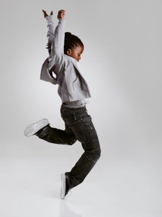 636517940887115428-Child-Dancer.jpg
