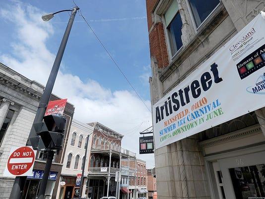 MNJ 0604 ArtiStreet 02
