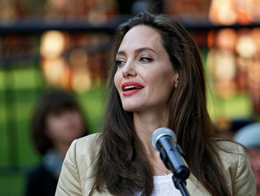 Ball's Palsy: The facial paralysis that's affected A-listers like Angelina Jolie and George Clooney 636366772366249036-EPA-KENYA-UNHCR-JOLIE-WORLD-REFUGEE-DAY
