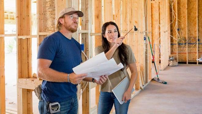 Chip and Joanna Gaines return for a fifth season on HGTV's 'Fixer Upper.'