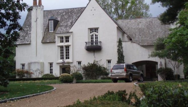 The Belle Meade home that just changed hands.
