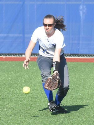 Mountain Home's Courtney Green fields the ball during a recent home game.