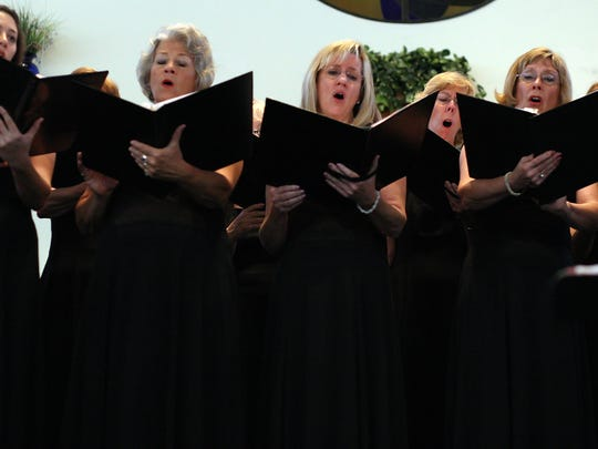 The Fort Myers Mastersingers will perform a Memorial Day concert at Moorings Park in Naples.