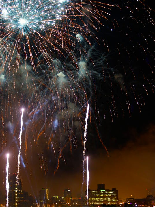 Thunderfireworks.jpg