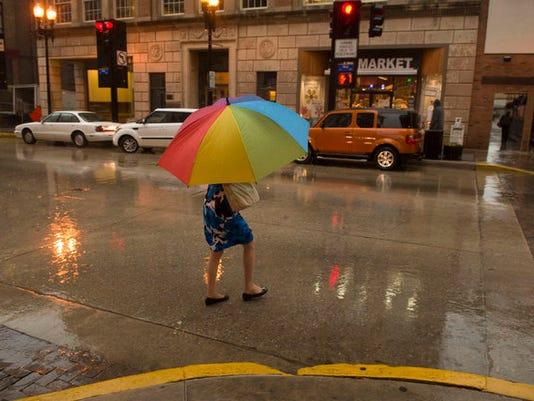 636204856985785288-rain-kns-weather.JPG