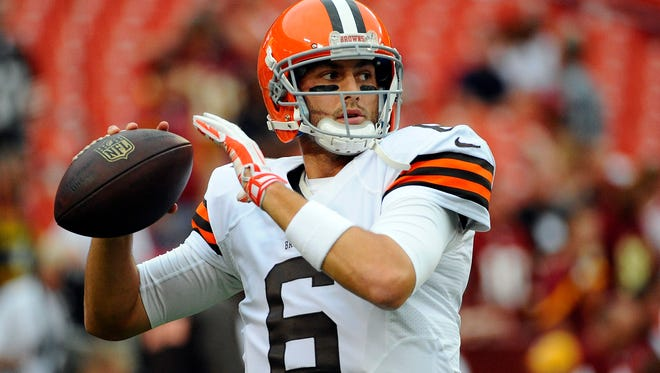 Browns quarterback Brian Hoyer warms up before the game against the Washington Redskins on Aug. 18.