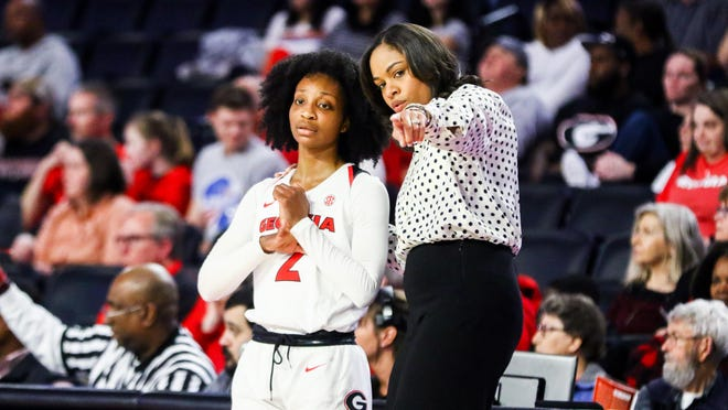 Georgia women' basketball coach Joni Taylor instructs guard Gabby Connally (2) during a game against Vanderbilt on Jan. 8 at Stegeman Coliseum in Athens.