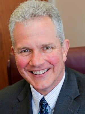 Joseph Lind joins Simply Money Advisors as senior vice president.