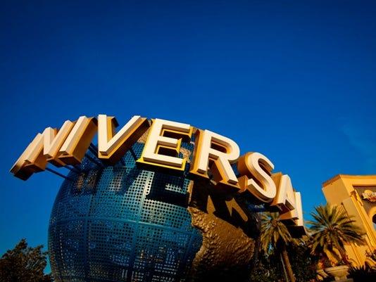 635701556065582963-Universal-Orlando-Globe---LR