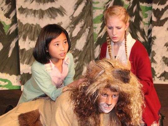 Hannah Li as Lucy, left, and Catherine Vessey as Susan