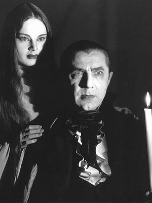 "What makes Luna tick? Carroll Borland is Luna and Bela Lugosi is Count Mora in ""Mark of the Vampire."""