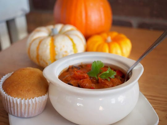 The vegan and gluten-free pumpkin spice chili from