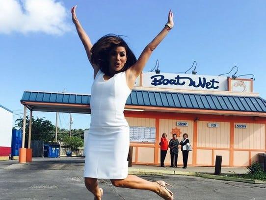 Corpus Christi native Eva Longoria poses in front of