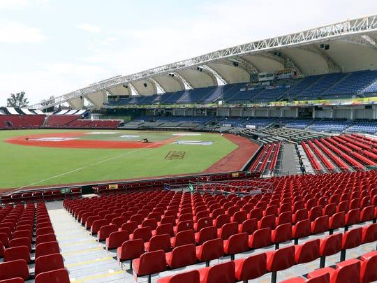 Entre las novedades para la Serie del Caribe destaca que las nuevas zonas de gradas en el Estadio Panamericano ya están terminadas para que tenga un nuevo aforo de 16 mil 500 personas.