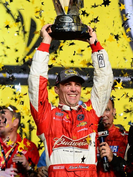 Kevin Harvick wins NASCAR Sprint Cup championship