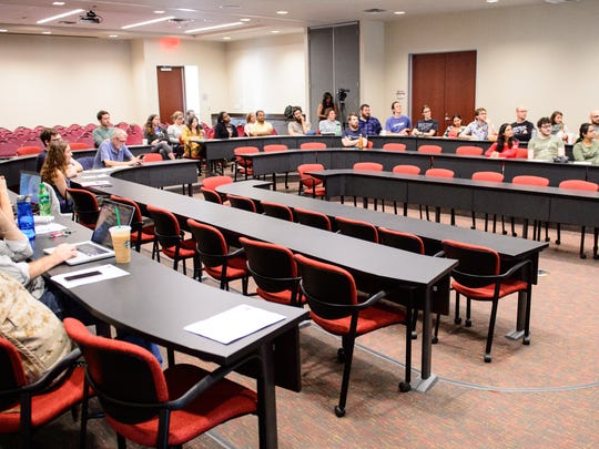 UL Graduate Student Organization holds an informational forum to discuss the proposed Tax Bills that have been introduced in the U.S. Congress. Thursday, Nov. 30, 2017.