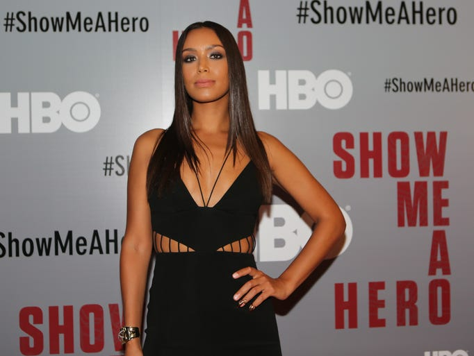 Hbo show me a hero hbo s show me a hero retells yonkers for Homeplans com reviews