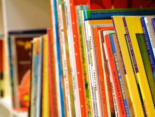 072116-vr-books.jpg