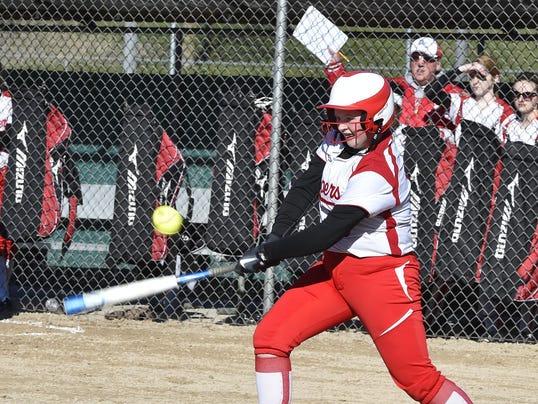 DCA 0422 sturgeon bay softball