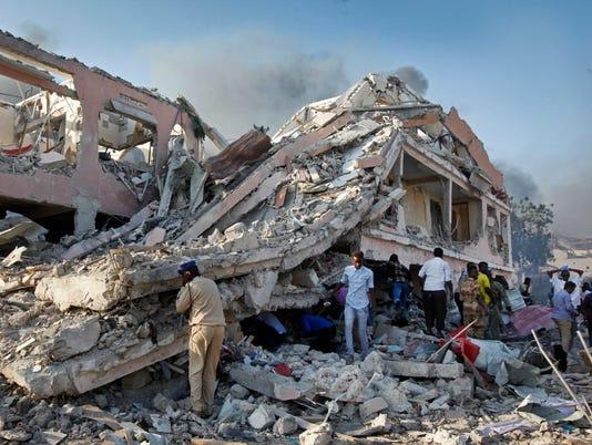AP SOMALIA EXPLOSION I SOM