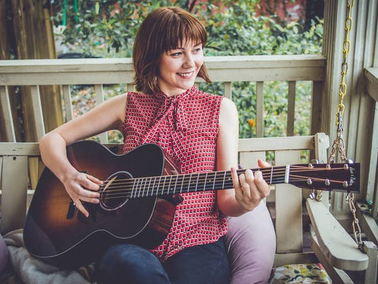 636421997182531555-molly-tuttle-by-kaitlyn-raitz.jpg