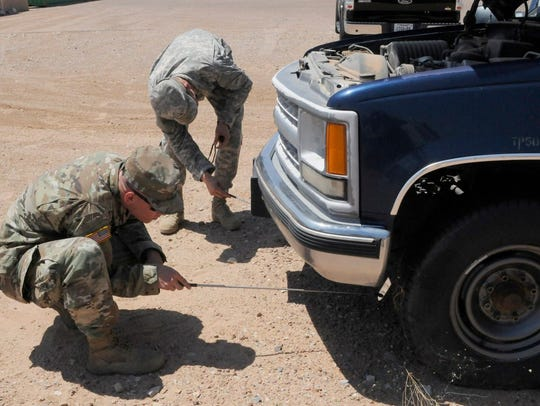 Soldiers from Cobra Company, 3-41 Infantry conduct