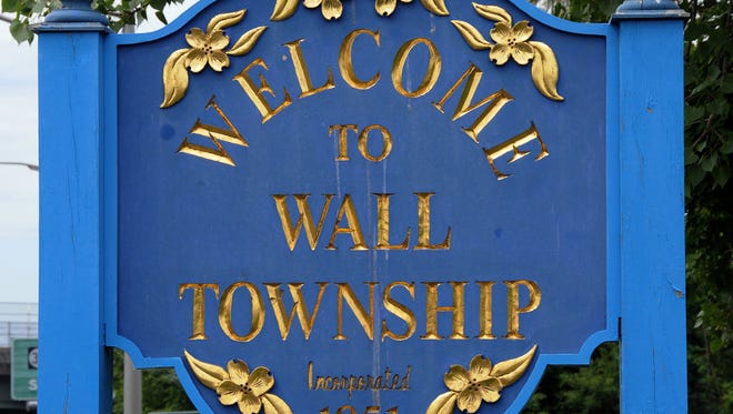 WALL TOWNSHIP WELCOME SIGN, LOCATED ON ROUTE 35 NORTH, WEST SIDE, JUST NORTH OF LIGHT AT INTERSECTION OF ROUTE 35 NORTH AND 16TH AVENUE.