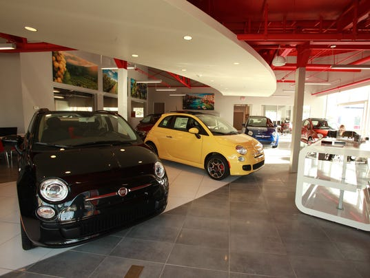 Fiat Chrysler Moves To Help Out Dealers - Fiat dealership michigan