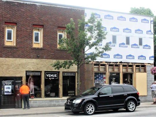 South Lyon businesses Venue and Exquisite Kitchens